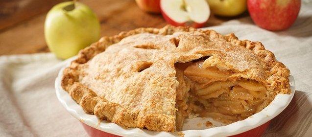 Шарлотка с яблоками и корицей вкусный рецепт
