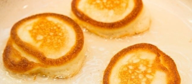 Рецепт оладьев на кислом молоке без дрожжей пошаговый рецепт с