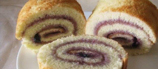 Бисквитный рулет рецепт с фото пошагово простой