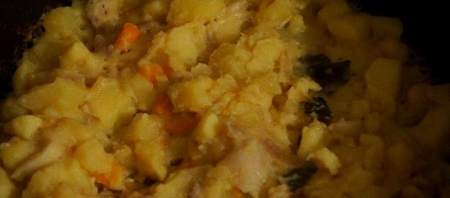 Тушёная картошка со свининой рецепт с пошагово в
