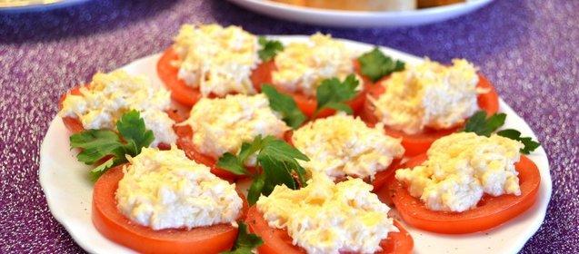 Рецепты закуски с колбасным сыром