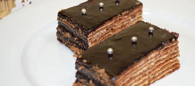 Фото торт спартак оформлення