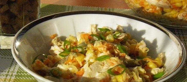 Рецепт салата кириешками курицей фото