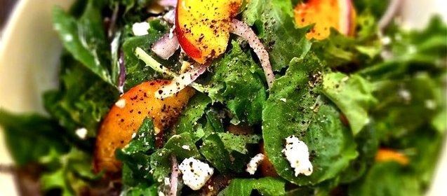 Рецепт легкого салата с зеленью