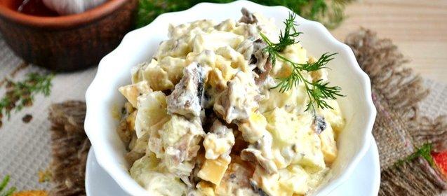 Простой салат из шпрот рецепт с