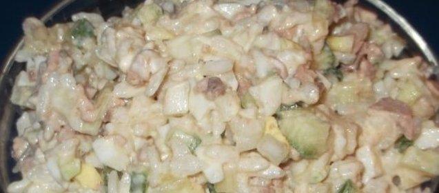 Рецепт салата с печенью трески и рисом