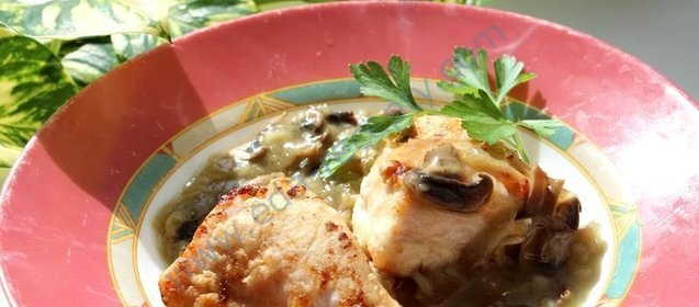 Рецепт курица с грибами и сыром в духовке рецепт пошагово