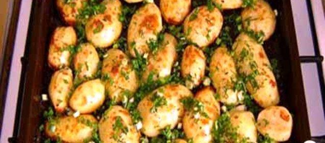 Картошка в духовке с фото пошагово с сыром и майонезом