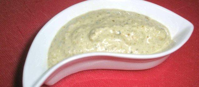Самый простой соус для цезаря в домашних условиях