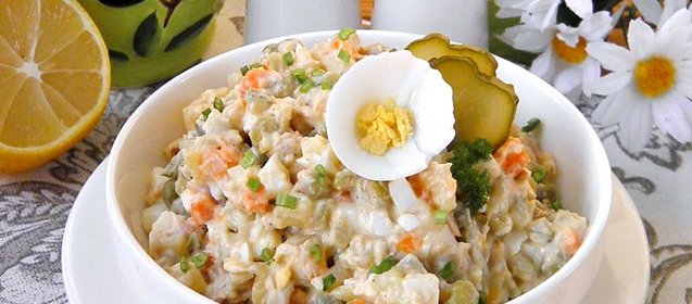 Рецепт столичного салата с курицей