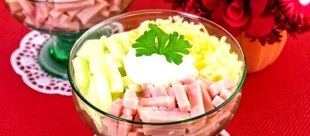 Салат-коктейль с ветчиной и сыром пошаговое приготовление с фото