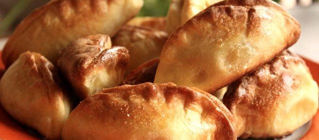 Пирожки с колбасой рецепт пошаговый